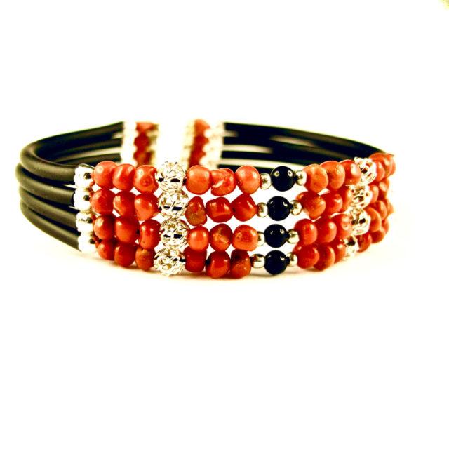 bracelet memoire 4 rangs corail rouge et onyx