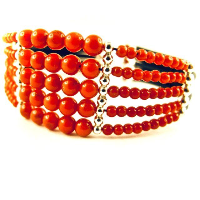 Bracelet manchette 5 rangs perles de corail rouge