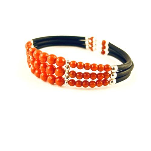 bracelet triple rangs perles corail rouge