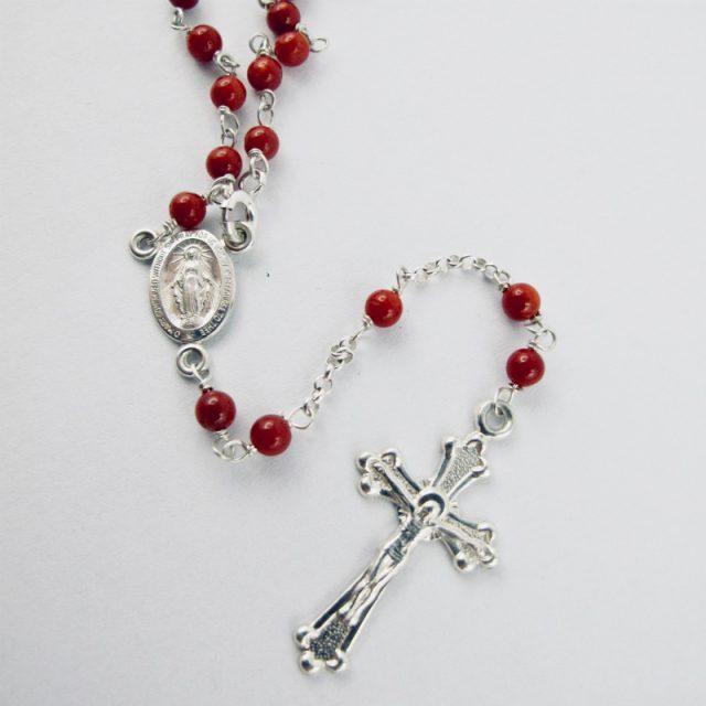 collier chapelet en corail rouge de Méditerranée et argent massif