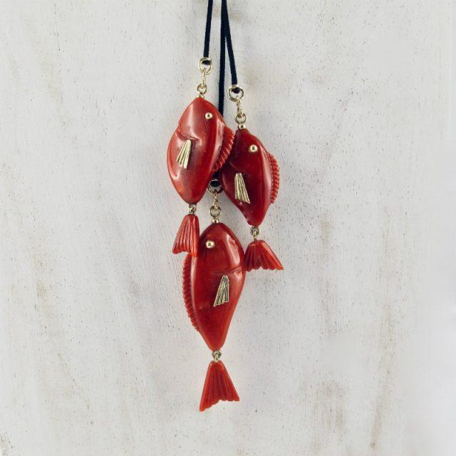 Collier 3 petits poissons rouges suspendus