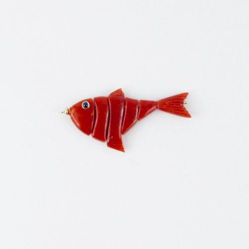 pendentif poisson articulé corail rouge et saphir bleu